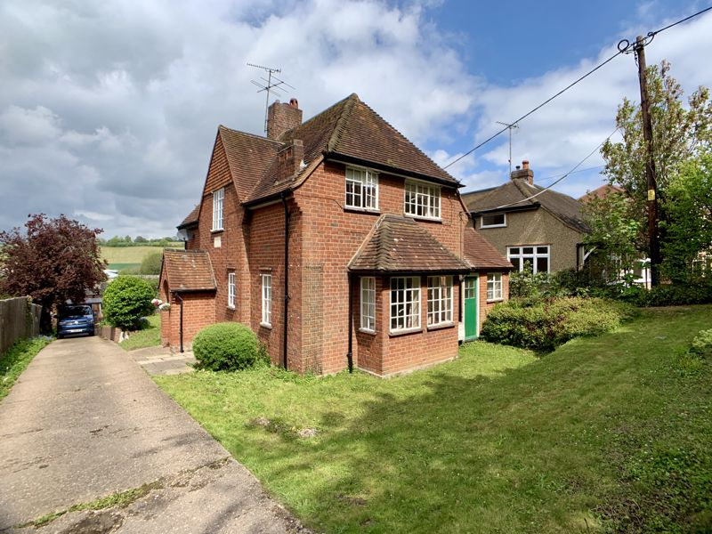 Crendon House estate agents house for sale Beaconsfield