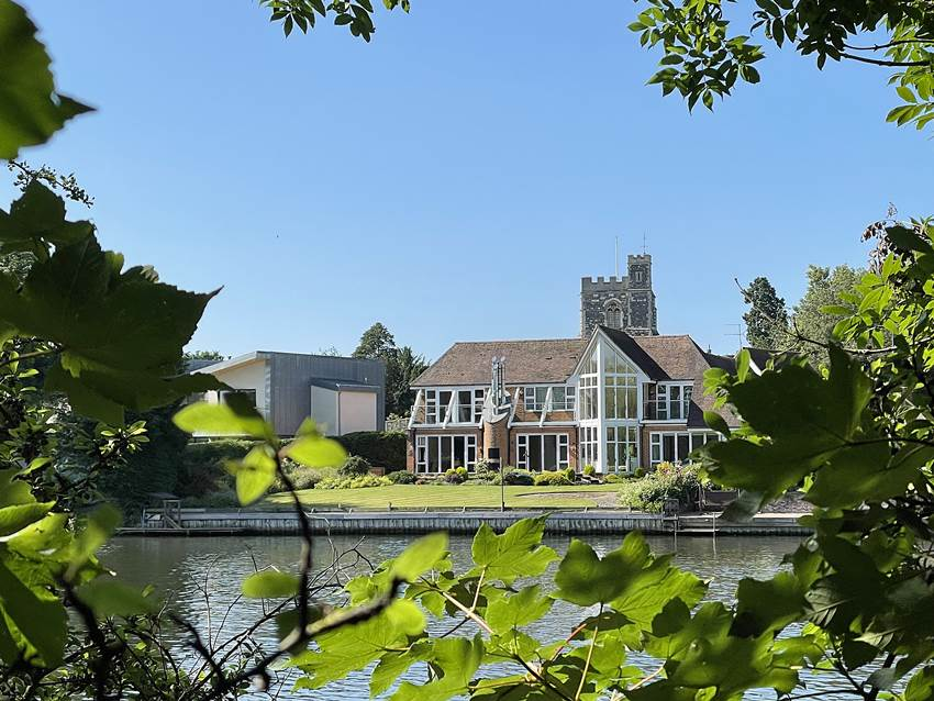 Pike, Smith & Kemp property for sale marlow
