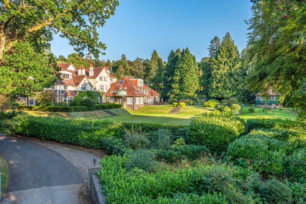two bedroom apartment for sale windermere