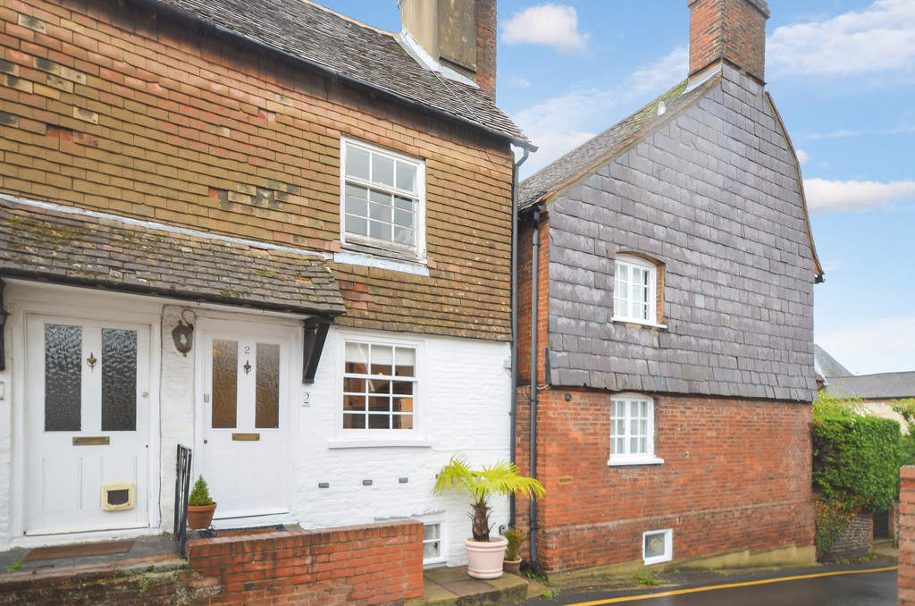 Houses for sale in Woking, Bourne