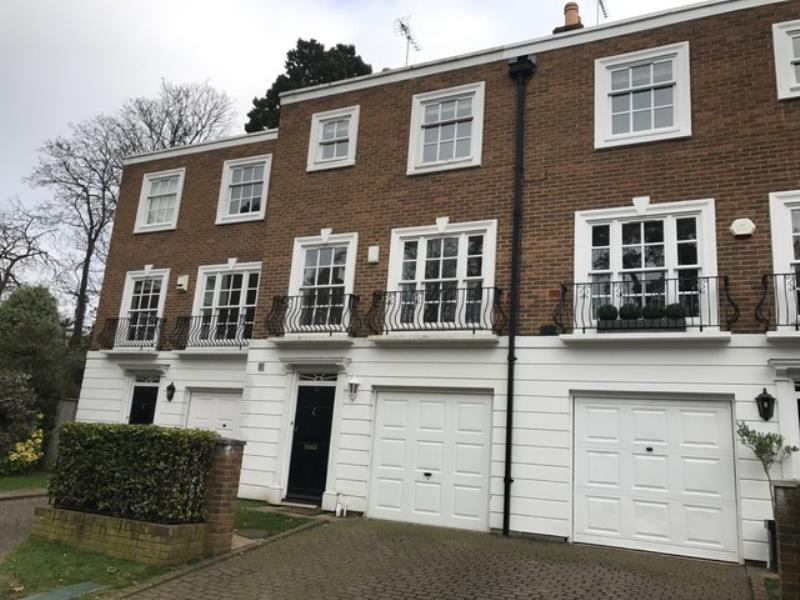 Property for sale Woking by Pilgrims 2